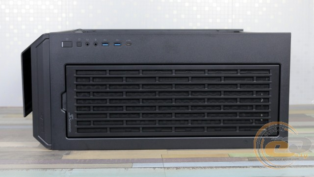 Seasonic SYNCRO Q704