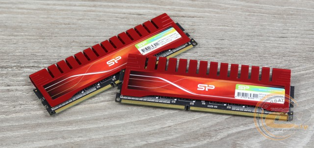DDR3-2400 Silicon Power Xpower SP008GXLYU240NDA