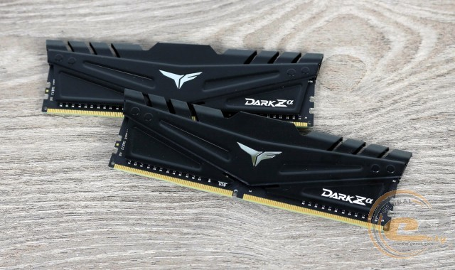 DDR4-4000 TEAMGROUP T-FORCE DARK Zα