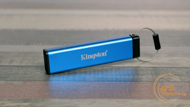Kingston DataTraveler 2000 (DT2000/32GB)