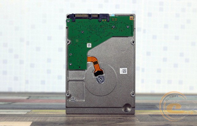 Seagate IronWolf (ST10000VN0004)
