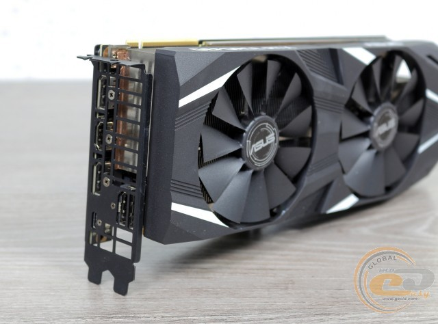 ASUS Dual GeForce RTX 2080 Ti Advanced edition